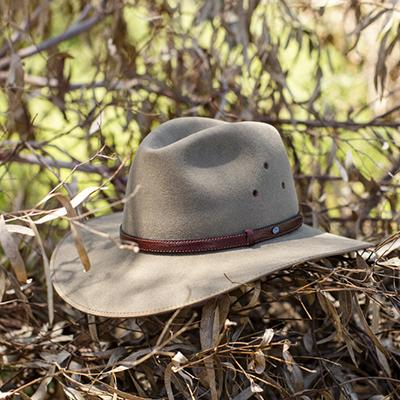 How To Stretch an Akubra Hat: Video